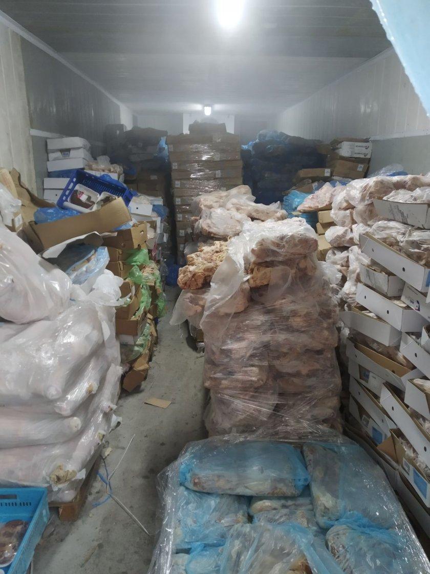 откриха огромно количество негодно консумация месо склад пазарджик