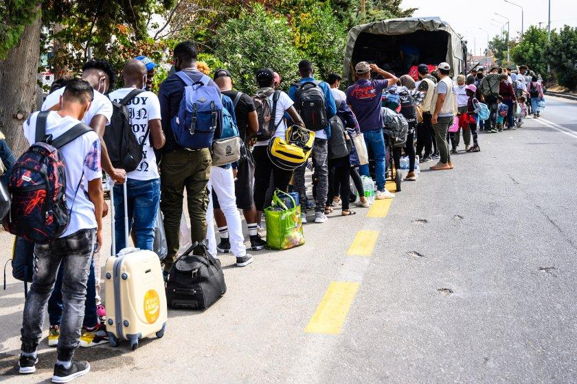 разбиха международна група превеждала нелегални мигранти гърция