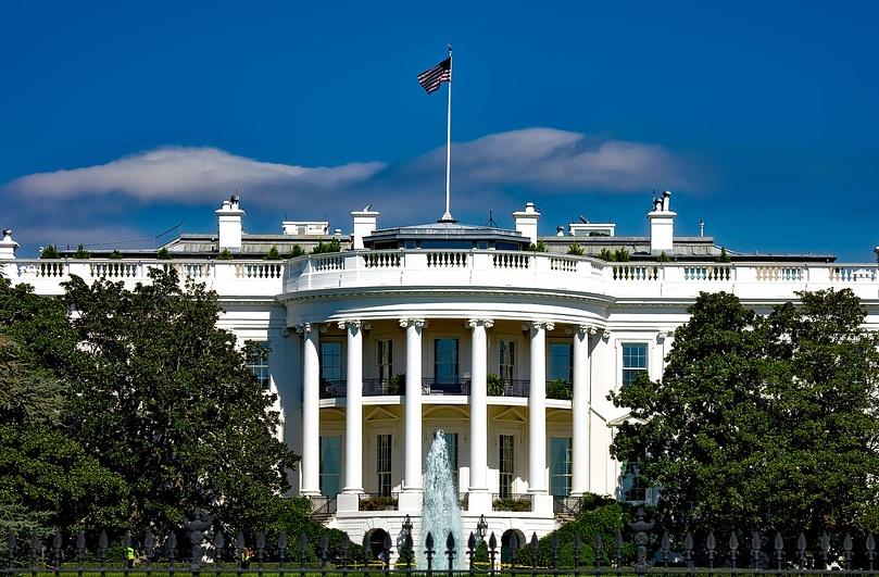 Администрацията на американския президент Джо Байдън обмисля възможността за въвеждане