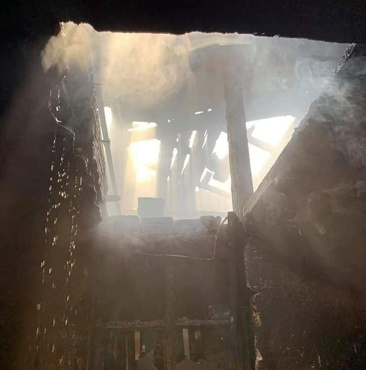 пожар пламна покрив жилищна сграда пловдив