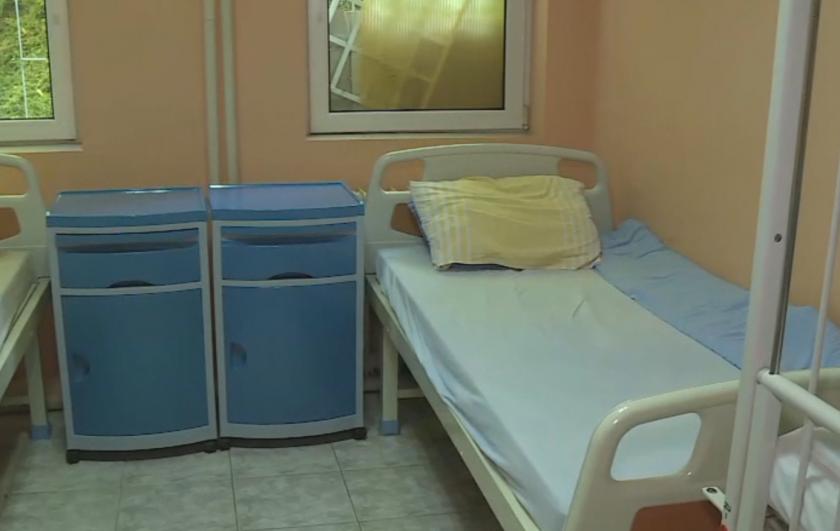 Намалиха двойно болничните легла за COVID-19 в Русенска област