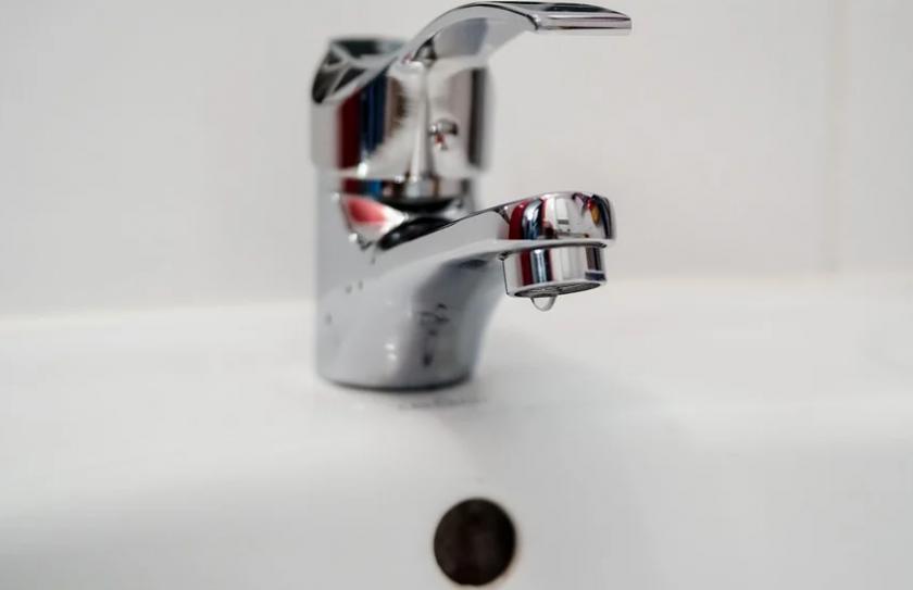 Токов удар спря водата на много места в Пловдив