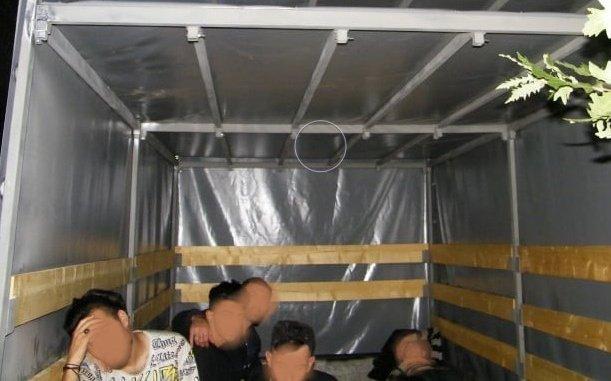 нелегални имигранти двама каналджии задържани българо турската граница