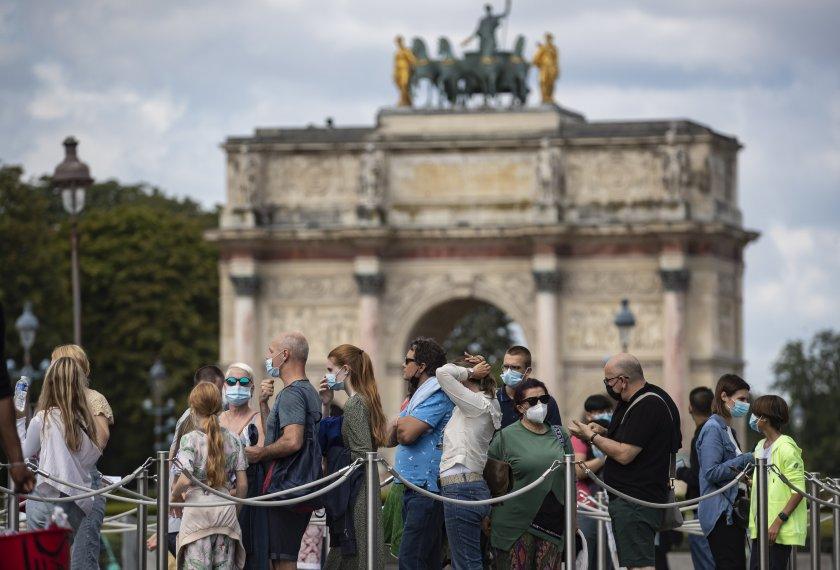 конституционният съвет франция одобри закона здравния пропуск