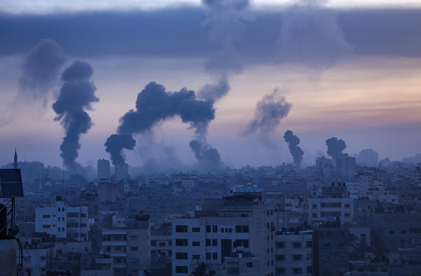 продължават ракетните удари израел газа
