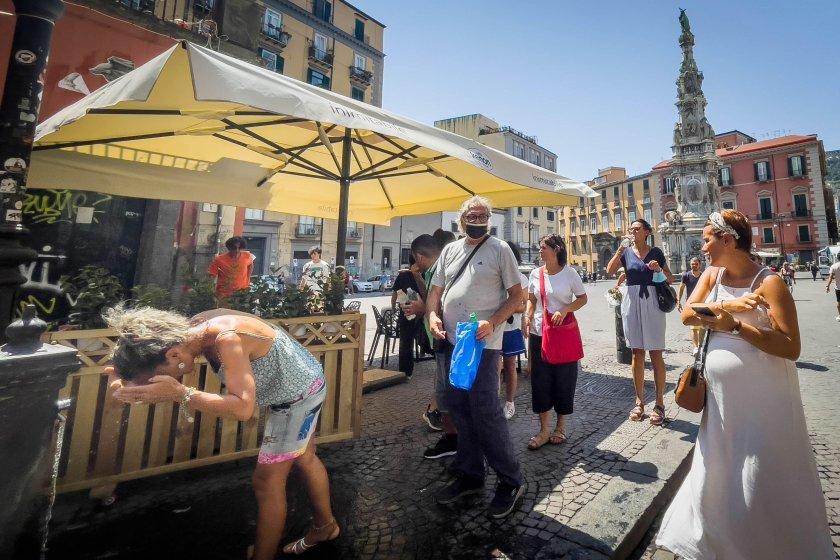 Луцифер заля с невиждана гореща вълна Италия (Снимки)
