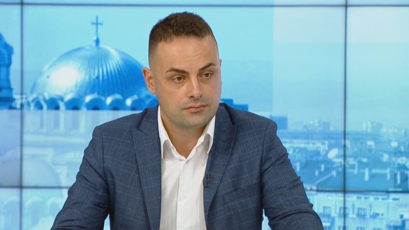 """Заместник регионалният министър: Търсим решение за плащанията по строежа на АМ """"Хемус"""""""