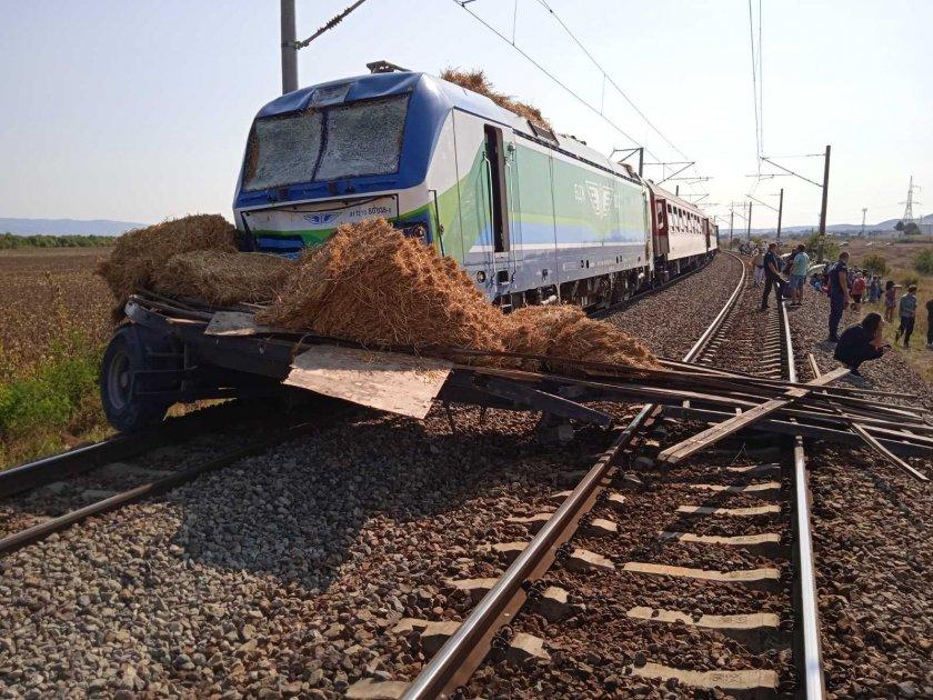 Започва възстановяването на щетите след влаковата катастрофа по линията Бургас