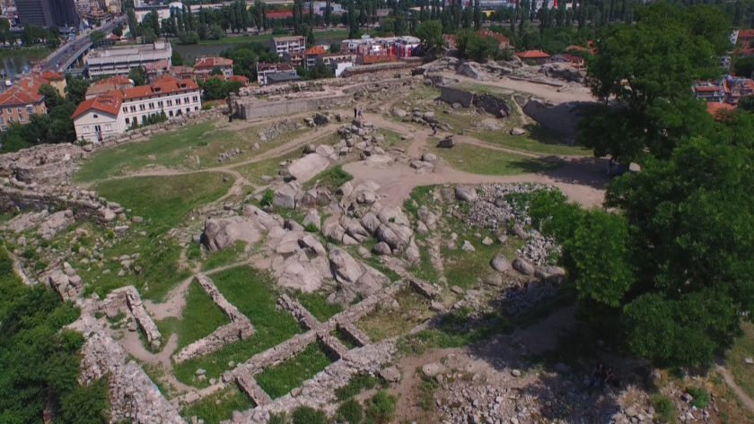 Започна последният етап от разкопките на археологическия комплекс Небет тепе.