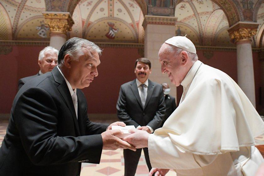 папа франциск посети унгария часа снимки