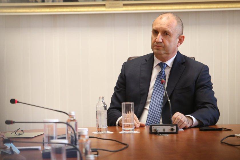КС поиска от президента декларацията за гражданство на Кирил Петков