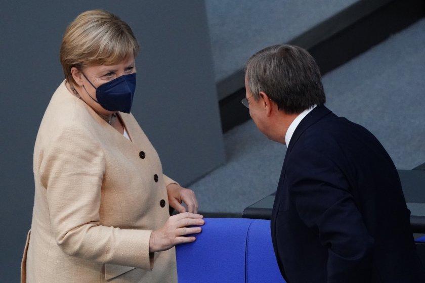Меркел обяви подкрепата си за Армин Ланшет на предстоящите избори в Германия