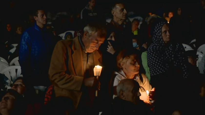 Кръстовден е - хиляди вярващи пренощуваха в Кръстова гора с молитва за чудо