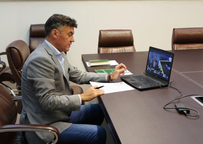 борислав михайлов взе участие среща върха уефа
