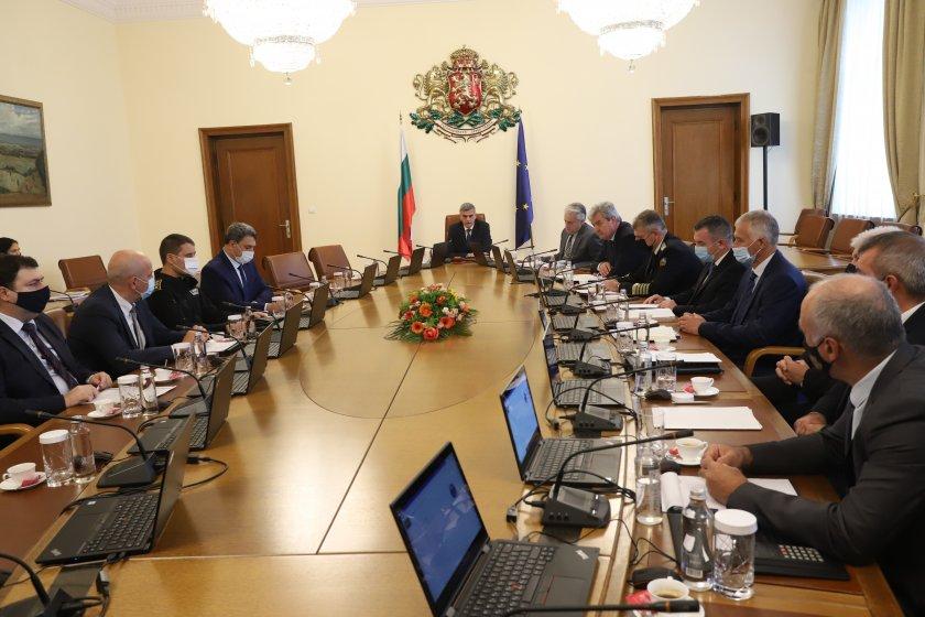 Министър-председателят Стефан Янев и членовете на Министерския съвет ще представят