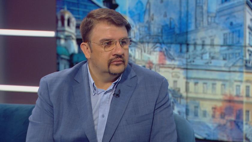 Надеждата са Кирил Петков и Асен Василев, защото за пръв
