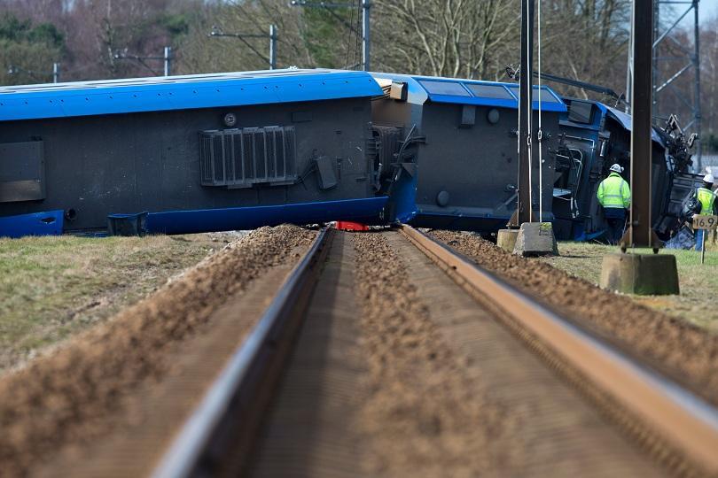 няколко души пострадали дерайлирането влак нидерландия