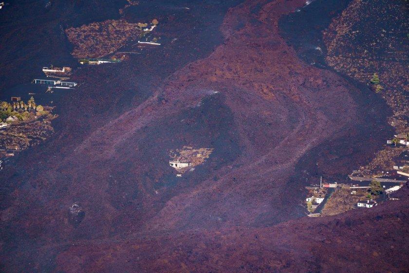 продължава изригването вулкана остров палма