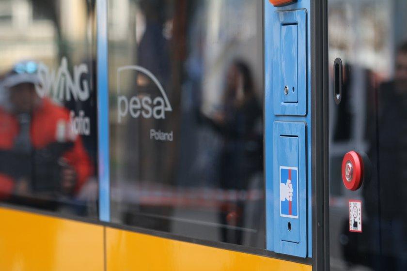 трамвай блъсна човек района площад македония