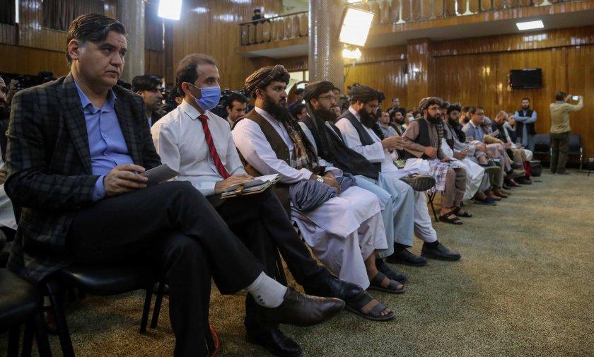 талибаните искат говорят оон