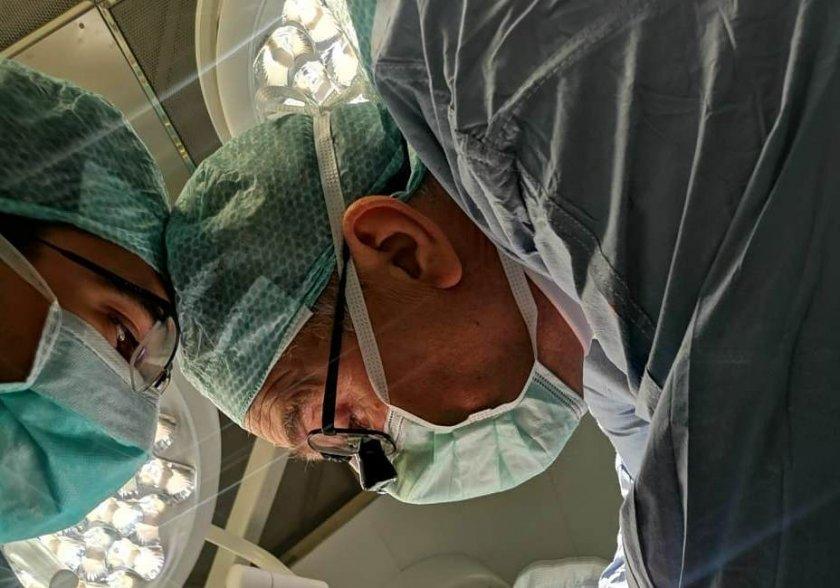 екип вма трансплантира черен дроб годишен мъж
