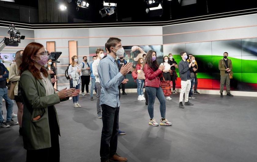 бъдещи журналисти второто издание бнт академия снимки