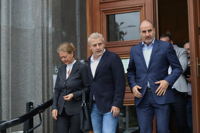 Цветан Цветанов и Петър Москов се явяват в коалиция на изборите с кандидатпрезидентска двойка