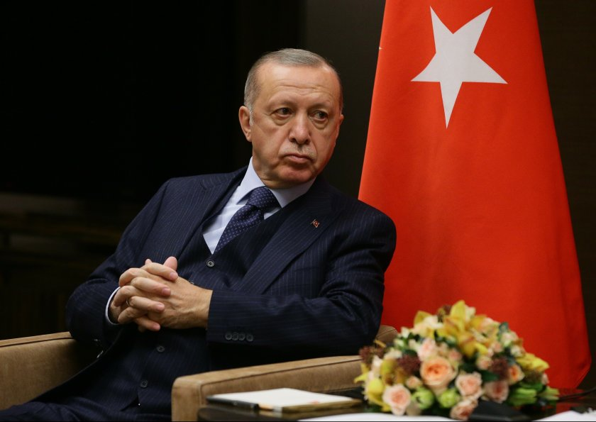 Ердоган иска нова конституция като подарък за стогодишнината на турската република