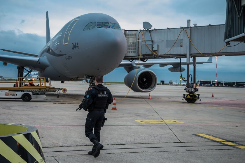 САЩ възобновяват полетите за евакуация от Афганистан до края на годината