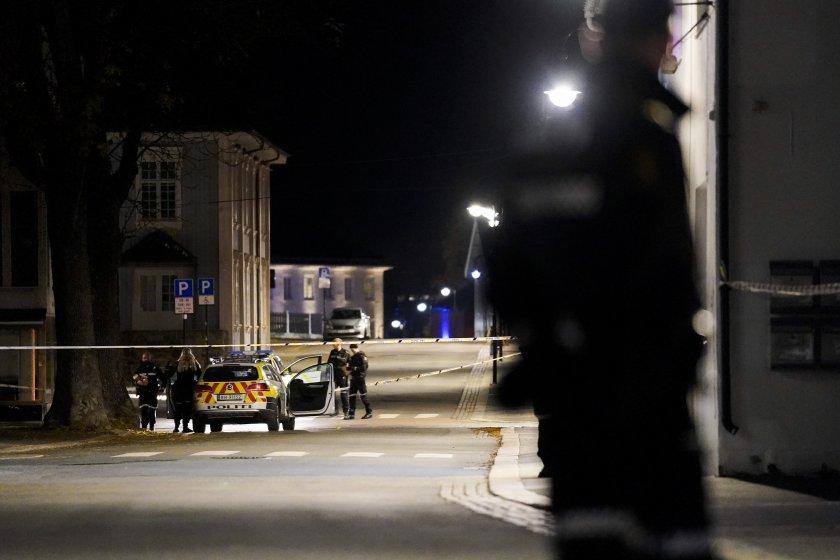 Петима души са убити, а двама ранени след нападение с