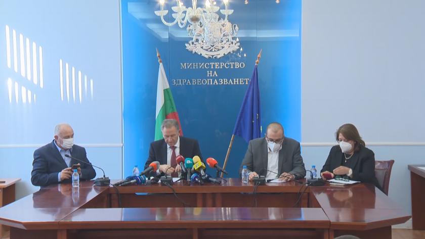 Министър Кацаров: Ковид сертификатът влиза в сила от 00.00 часа на 21 октомври (Видео)