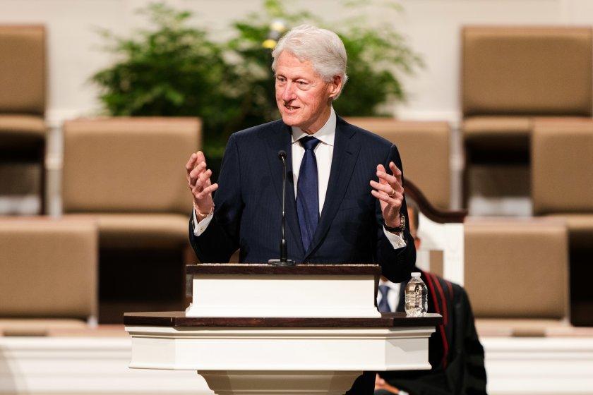 Бившият американски президент Бил Клинтън беше изписан от болница в
