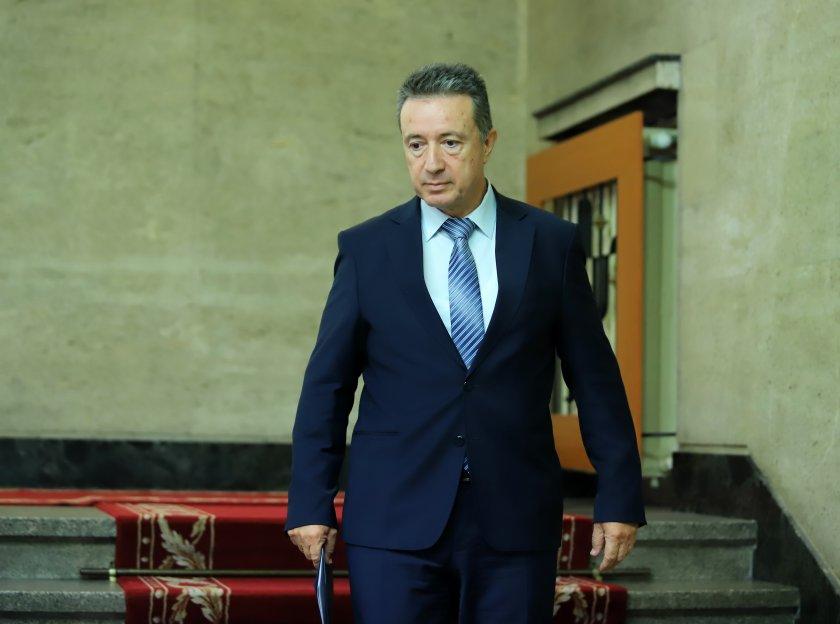 Служебният правосъден министър определи като добра и достойна кандидатурата на