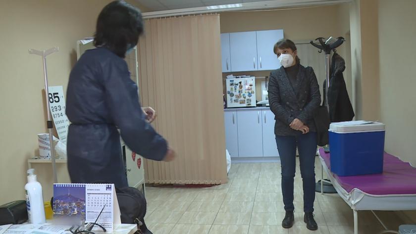 Започна кампанията за ваксиниране срещу сезонния грип. 230 хиляди българи
