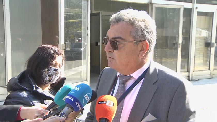 Шефът на РЗИ: Ситуацията в София е напрегната, но за момента има свободни легла