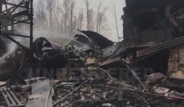 Взрив и пожар в руски завод уби 16 работници