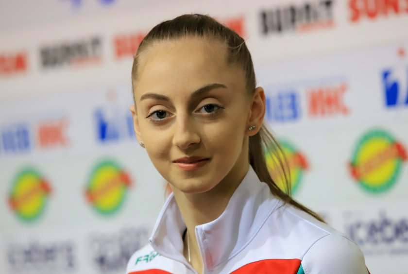 Боряна Калейн спечели златото в многобоя на Световната купа по художествена гимнастика в Румъния