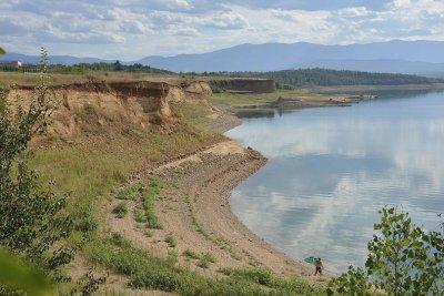 50% от водоизточниците за питейни нужди са без разрешителни