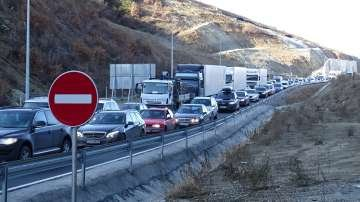 Катастрофа с ТИР затвори път Е-79 до тунел Железница