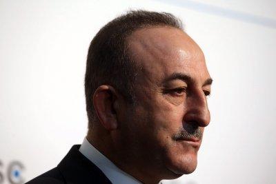Чавушоглу: Само среща между Ердоган и Путин може да реши кризата около Идлиб