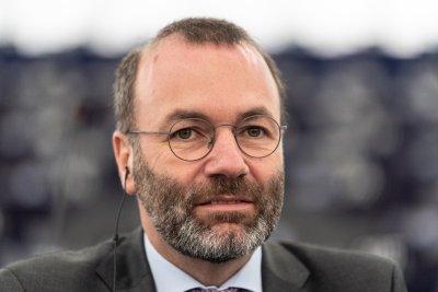 Вебер: ЕНП категорично подкрепя Гърция и България за охраната на границата с Турция