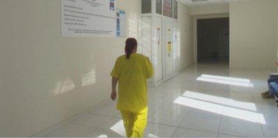 Голяма част от инфекциозните отделения на болниците в страната са пълни