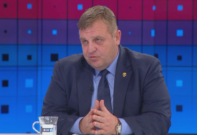 Каракачанов: Няма натиск на българската граница. Интересът ни е за мирно решение на спора