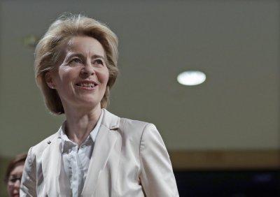 Урсула фон дер Лайен: Турция да изтегли мигрантите далеч от границата с Гърция