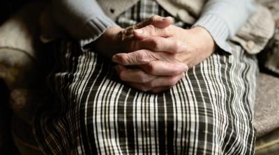 Колцентърът на МТСП ще предоставя безплатна психологическа подкрепа за възрастни хора