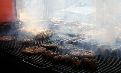 Прокуратурата препоръча на БАБХ да засили контрола върху обектите за търговия на дребно и заведенията за хранене