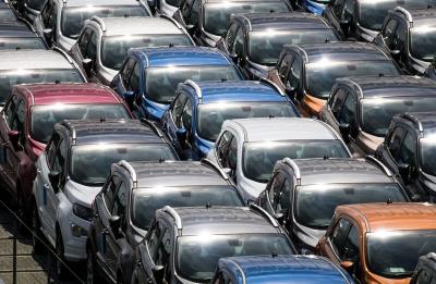 Коронавирусът намали продажбата на нови автомобили