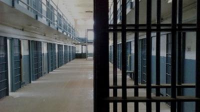 Турция освобождава хиляди затворници заради вируса