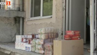 Бургаски абитуриенти дариха парите си от бала за борба с коронавируса
