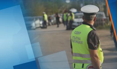 Засилени проверки и десетки върнати автомобили на входа на София